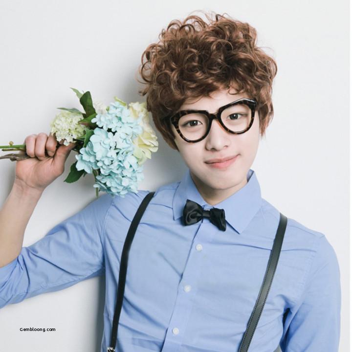 Korean curly hair